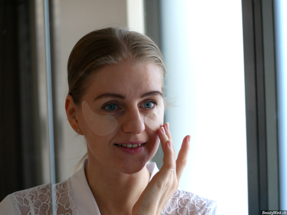 die Wirkung der Augenmaske Estee Lauder Advanced Night Repair Eye Mask
