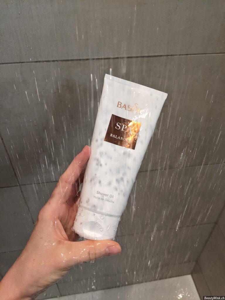 Babor Spa Balancing Shower Oil in der Dusche