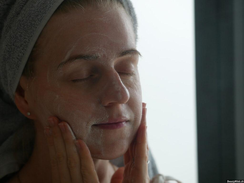 La Mer Gesichtsreinigung Schaum Anwendung